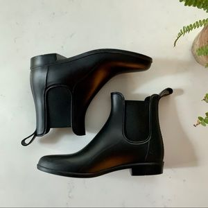 J.Crew Mercantile Chelsea Boots | 8
